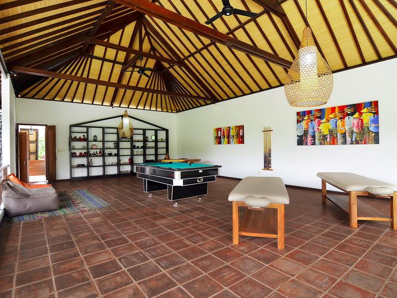Villa Candi Kecil Empat