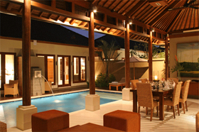 Dining Area and Pool - Laksmana Garden Villas