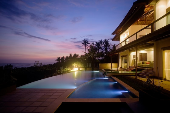 Pool and House - The Shores Villa