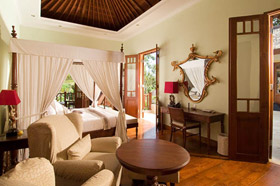 Master Bedroom - Villa Mako