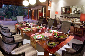 Dining Table - Villa Mako