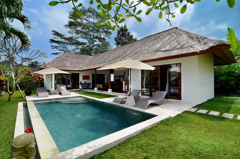 Villa Candi Kecil Tiga